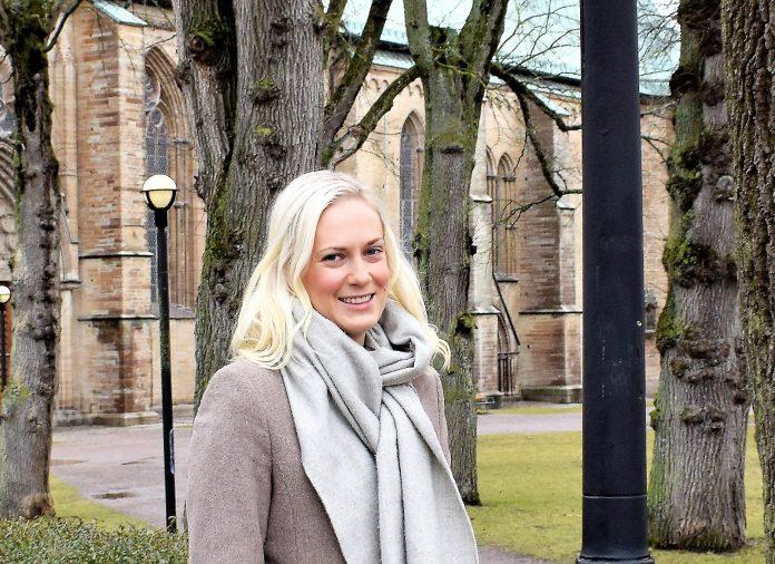 Kommunalrådet Annika Krutzén vill ha ett ökat stöd till Novahuset. Foto: Tommy Pettersson